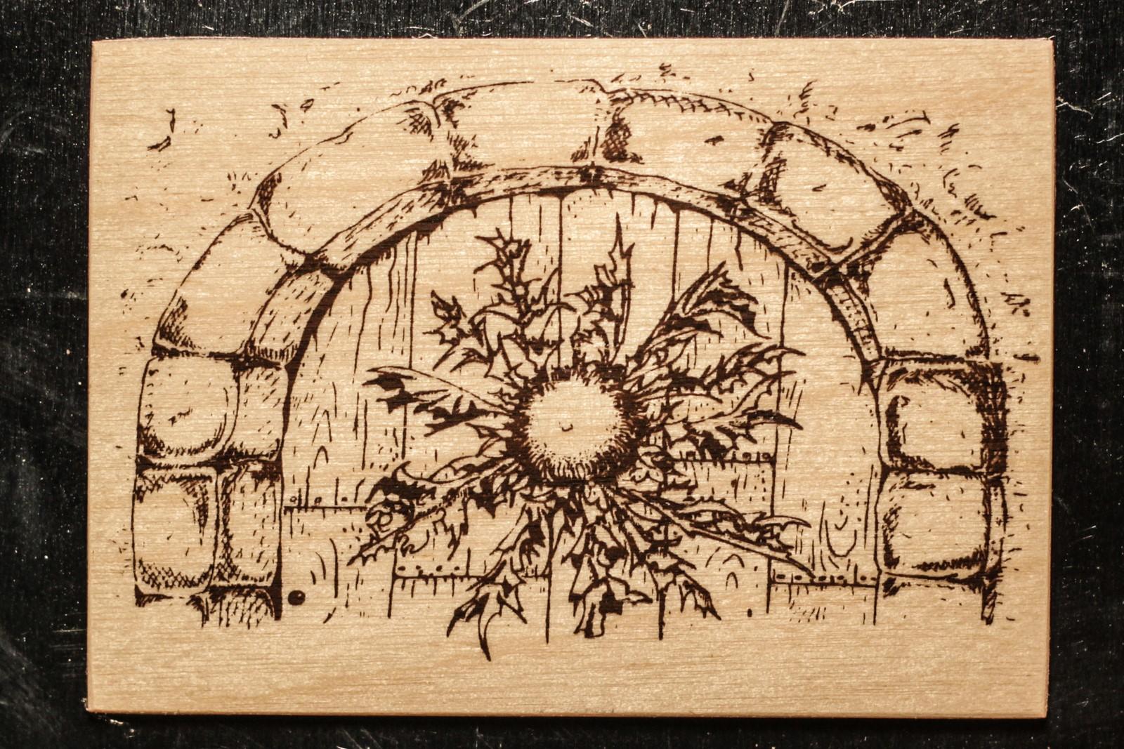 magnet en bois-micropanorama-cardabelle-porte